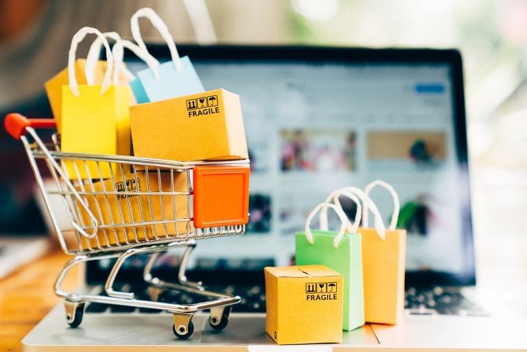 Waren auf Qualitätsmängel prüfen, aufbereiten, nacharbeiten, verpacken, umpacken – FOCUSON Industrial Services bietet maßgeschneiderte Qualitätsdienstleistungen für Handelsunternehmen in ganz Europa.